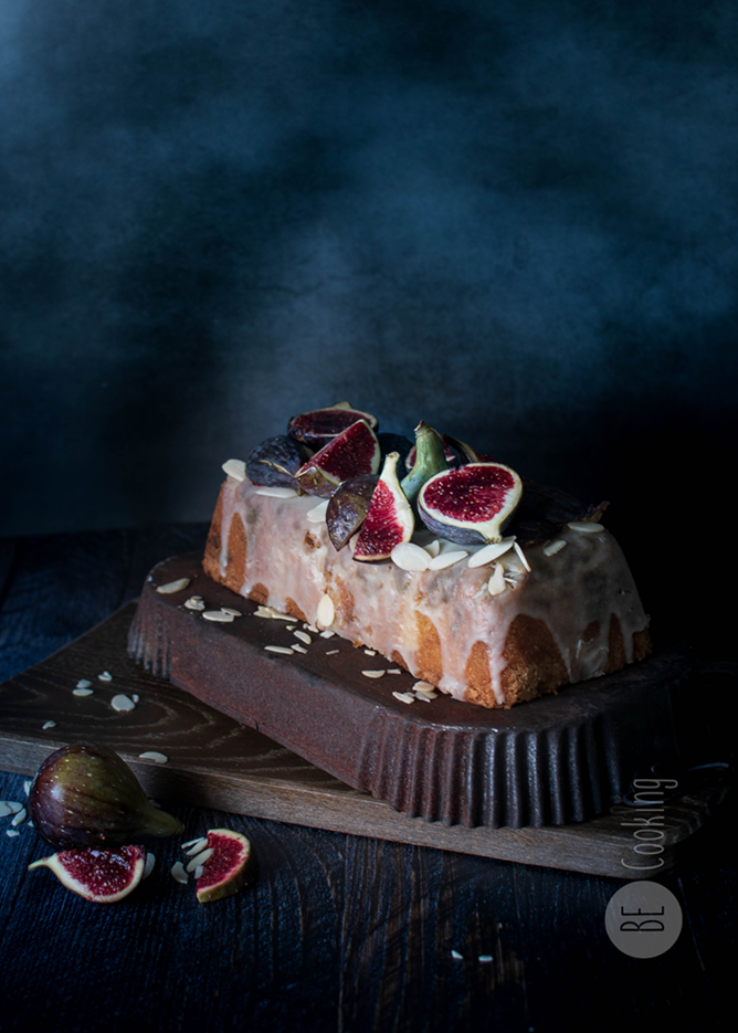 Cake de Higos y Almendras con glaseado de Coco