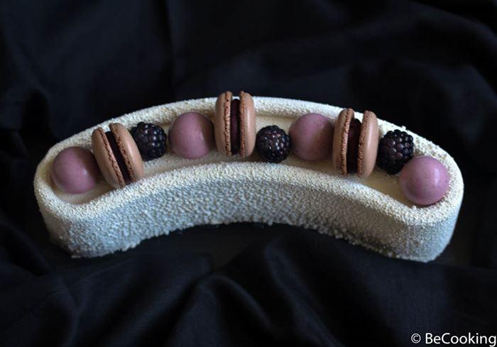 Cheesecake de mascarpone, crema de vainilla y mermelada de frutos rojos
