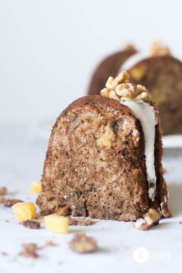 Bundt Cake de Piña y Mango con Glaseado De Coco
