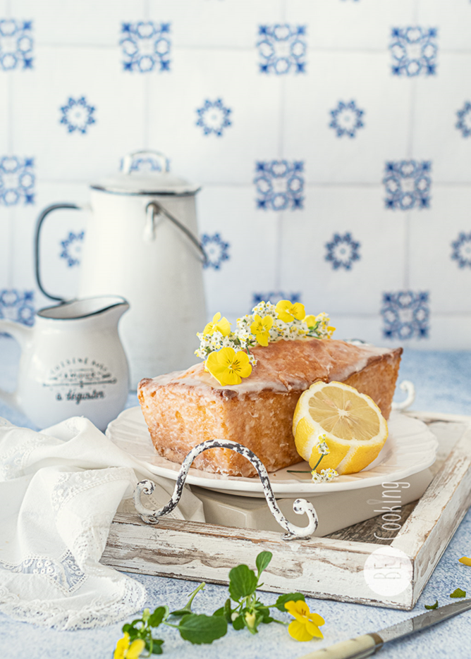 Lemon drizzled Cake